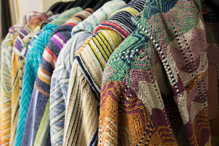 ...why do not choose one of the new multicoloured bathrobes? Find your favourite