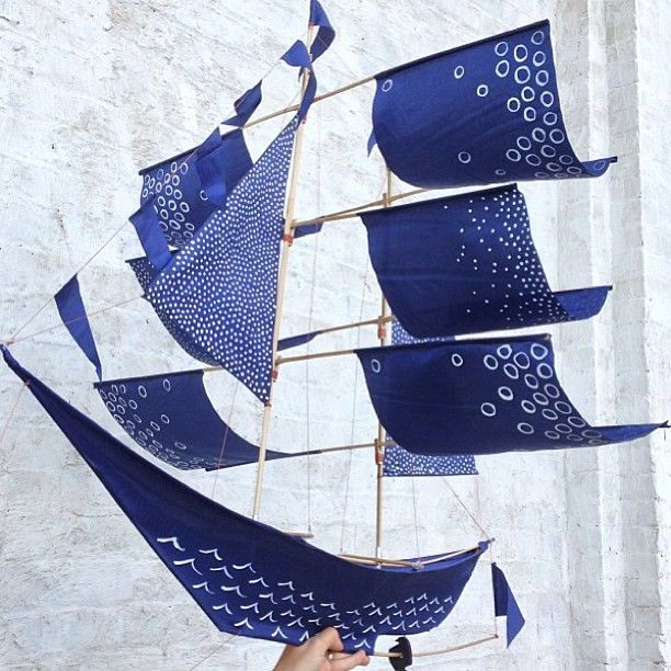 Beautiful hand-painted kites by @Emily Schoenfeld Schoenfeld Fischer for #CraftingCommunity