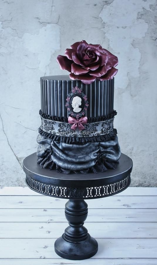 EDITOR'S CHOICE (03/27/2014) Gothic double barrel by Tamara View details here: http://cakesdecor.com/cakes/122477-gothic-double-barrel