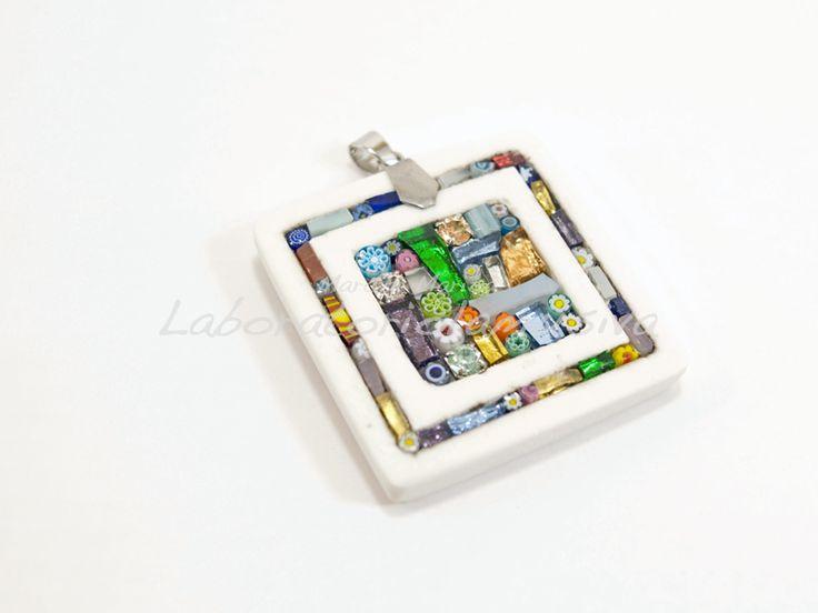 ciondolo ceramica quadrato inserto mosaico multicolor