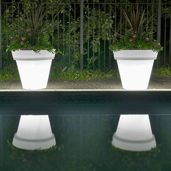 Lit Patio Planter- Natural by Kul | Urbilis