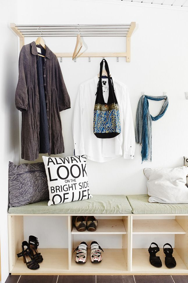 17 best images about entryway on pinterest white walls for Arredamento nordico low cost