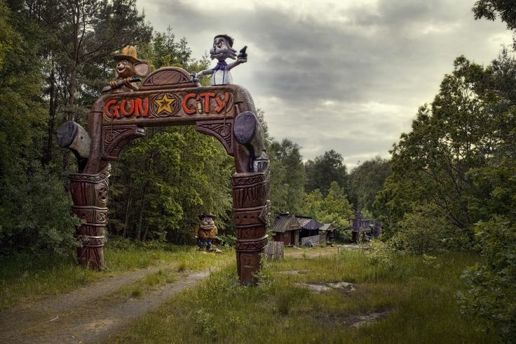 Abandoned Theme Park in Sweden. Gun City was part of Fun City, the remains of which are near Himle, Varberg More: https://sv.wikipedia.org/wiki/Fun_City