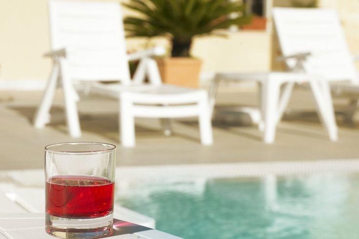 Erkunde Italiens Sonneninsel Sardinien: 4 oder 7 Nächte im 4-Sterne Hotel mit Frühstück, Flug + Mietwagen ab 489 € - Urlaubsheld | Dein Urlaubsportal
