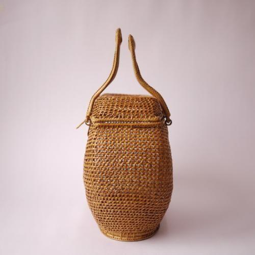 タイの民藝 籐組籠バッグ