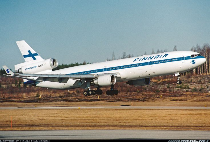 Finnair OH-LGB McDonnell Douglas MD-11 aircraft picture