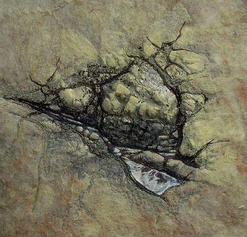 cracks-textile by Helen Suzanne, via Flickr