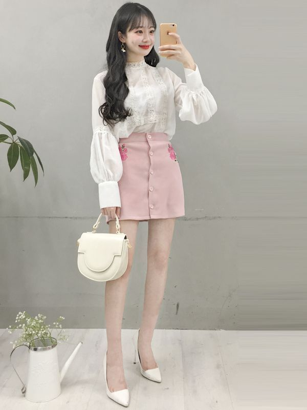 what a cute outfit  love  pastel fashion  casual asian