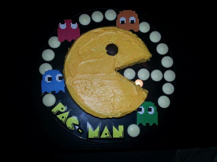 Pac-Man Birhday cake