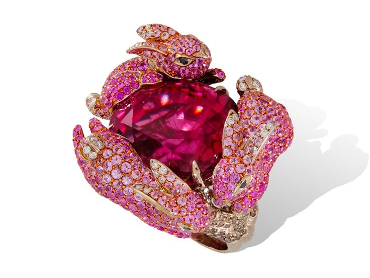 "Lydia Courteille. ""Lapin Rose collection"". rabbit ring...♡"