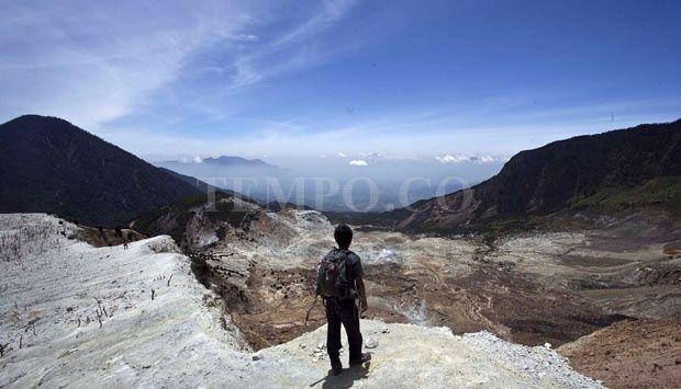 Menikmati Keindahan Alam di Pegunungan Papandayan