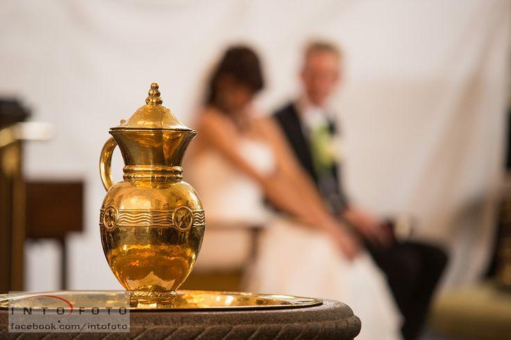 Næste stop i kirken er måske en barnedåb #Bryllup #Wedding #Bryllupsfotograf #Intofoto #Bryllupsfoto #Bryllupsfotografering #Hillerød #Nordsjælland