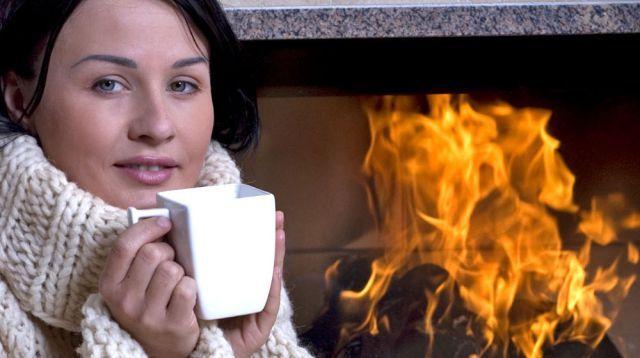 Dobré rady pre domácnosť: Ak vám zle horí drevo v krbe, pomôžte si soľou