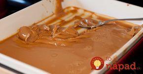 Domáce karamelové salko hotové za 10 minút Potrebujeme: 1 šálku mlieka 1 šálku kryštálového cukru 1 šálku sušeného mlieka 50 g masla 1 lyžicu vody