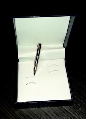 Ανδρική καρφίτσα πέτου - στυλό (Accessories for Men )