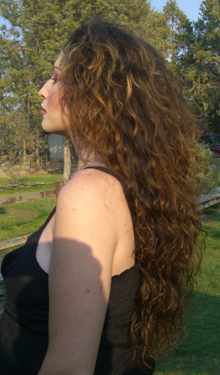 16 Best Images About Peruvian Curl Hairstyle On Pinterest