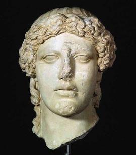 Testa di Apollo tipo Kassel / Sala V - Arte greca / Piano secondo / Percorsi per sale - Museo di Scultura Antica Giovanni Barracco