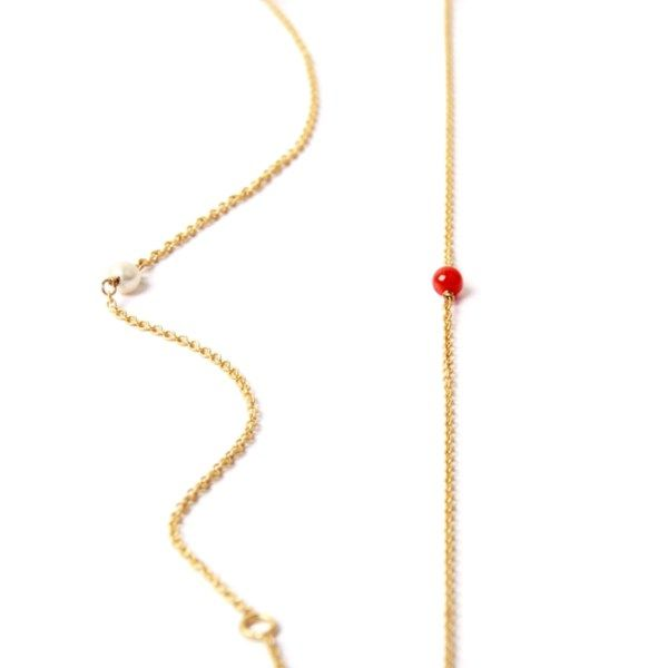 Thin #yellow #gold #bracelet with little #coral or #pearl _ #minimal #solitaire bracelet _ #maschiogioielli #milano #jewels #shoponline #designjewels #accessories #gift