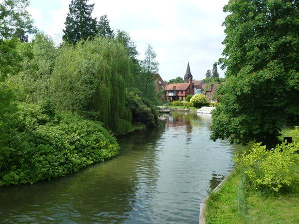 Whitchurch-on-Thames viewed from Whitchurch Bridge