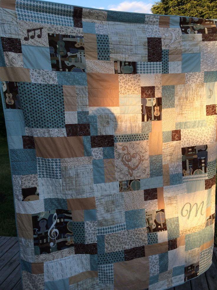 Graduation quilt, music theme!