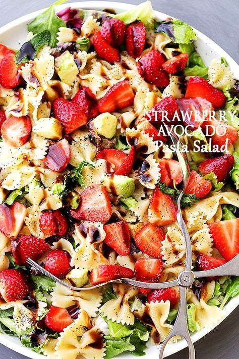 Strawberry Avocado Pasta Salad with Balsamic Glaze Recipe - Strawberries, avocados and bow tie pasta all tossed with an irresistibly creamy balsamic glaze!