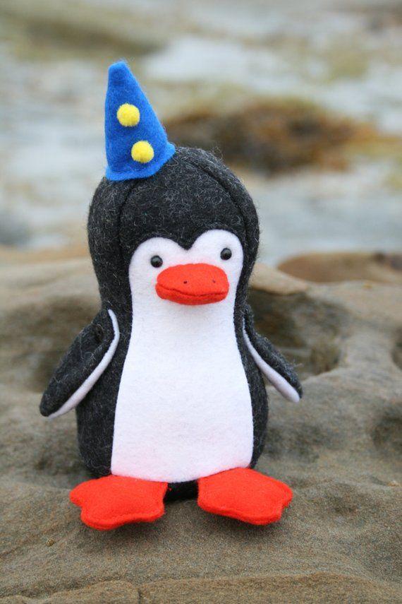 Paddle Penguin :penguin pattern, penguin PDF, felt penguin, easy ...