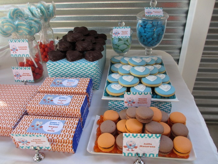 A little birdie told me...: Giggle & Hoot Dessert Table