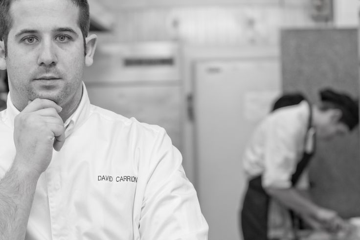 David Carrión, #capitán del #Restaurante Submarino. #Oceanografic #Valencia www.restaurantesubmarino.es