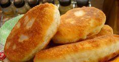 Dochádzajú vám nápady na chutný, no hlavne rýchly a jednoduchý obed? Dnes tu máme ďalšiu inšpiráciu – recept, ktorý ste už určite robievali, no pozabudli ste na neho. Potrebujeme: 100g tvrdého syra 50g masla kôpor 2 vajíčka 100ml slnečnicového oleja 6ks zemiakov 200ml kyslej smotany 300g polohrubej múky 1cibuľa Postup: Uvaríme si zemiaky v šupke,