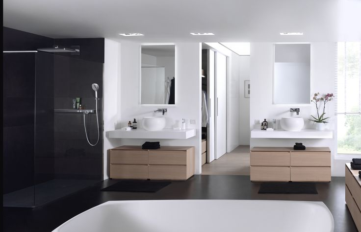 X²O | Balmani Mitra Elements badkamermeubel verweerde eik / meuble salle de bains en chêne veillie - solid surface wastafel / tablette en solid surface #bathroom #furniture #luxe #solidsurface - More? Visit www.x2o.be