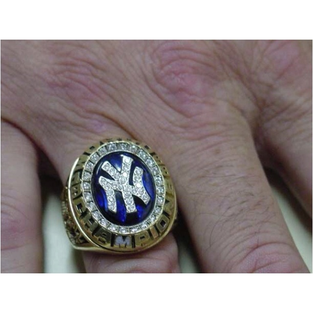 Do You Win Rings In The World Series