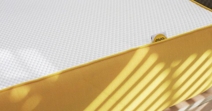 achetez votre matelas eve à mémoire de forme dans toutes les tailles standard. On vous le livre gratuitement et vous l'essayez 100 jours dans le confort de votre domicile, satisfait ou remboursé
