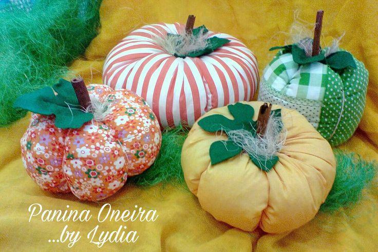 Handmade pumpkins made of cotton fabrics www.paninaoneira.gr