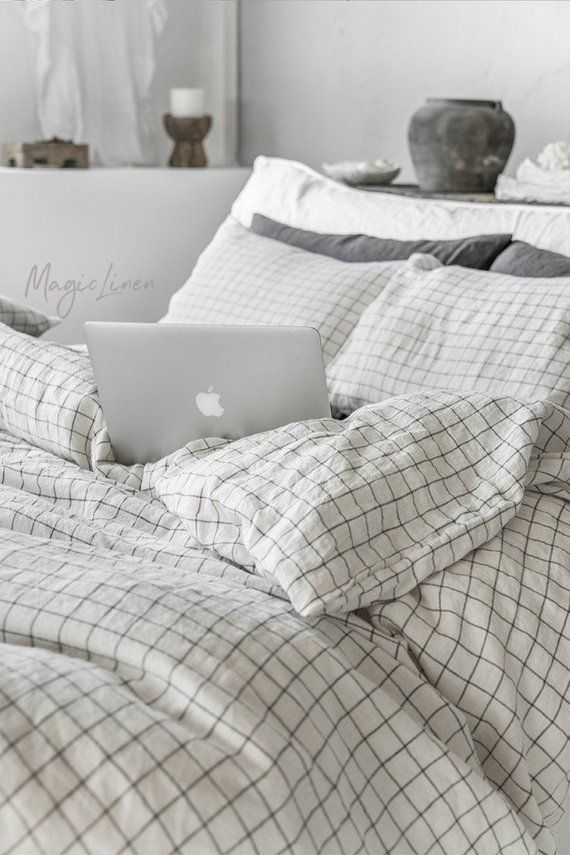 Linen Sheet Set Of 4 Pieces In Charcoal Grid Windowpane Etsy Bed Linen Sets Bed Linens Luxury Linen Sheet Sets