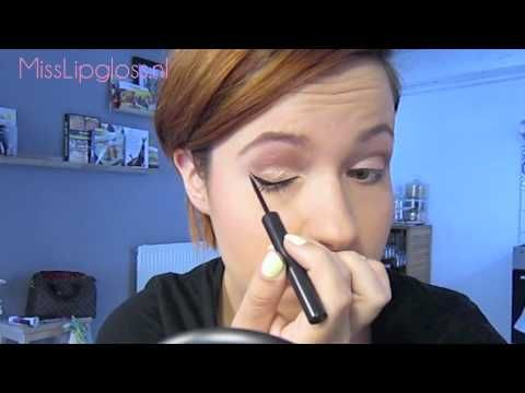 Eyeliner aanbrengen met wing - MissLipgloss.nl - YouTube