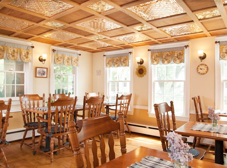 Chester, Vermont, Inn for sale for $595,000.00 with owner financing available.  Contact Inn Partners for details.