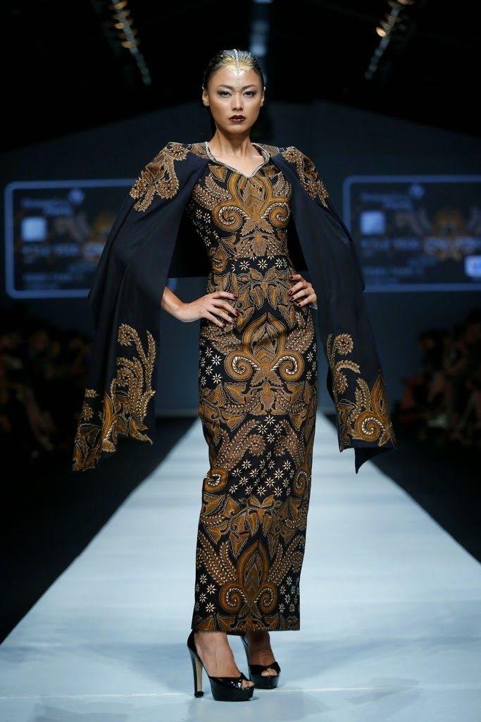 Dewi Fashion Knights 2014 : Hasta Brata Collection By Iwan Tirta