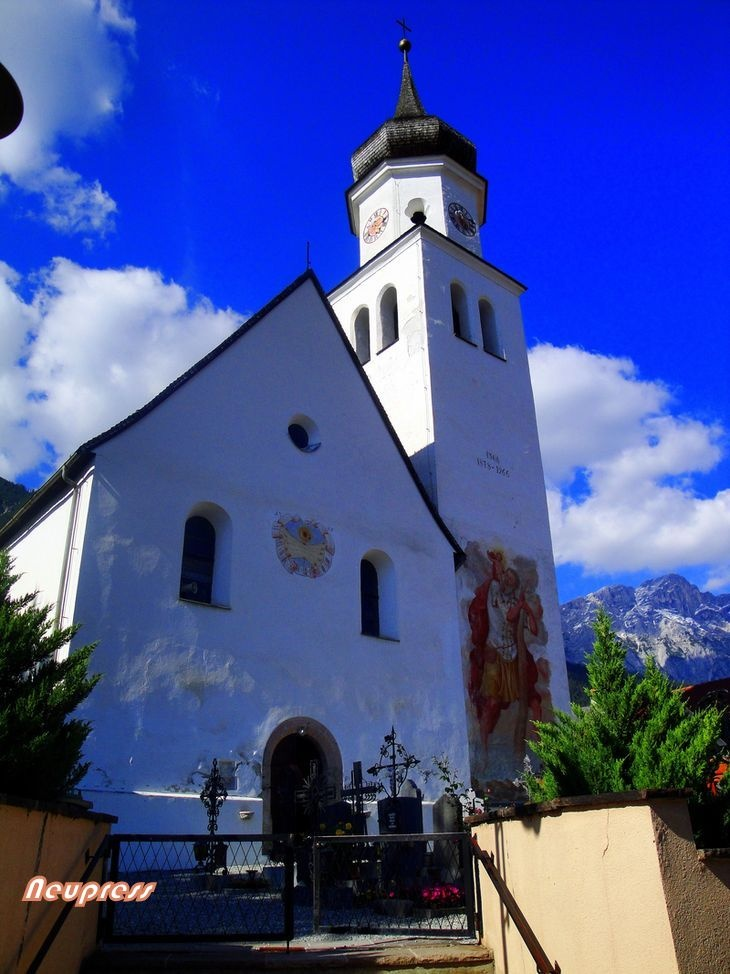 Church of. St. Nicholas of Myra in Wildermieming (Mieminger Plateau, Tyrol) dating back from 1532.Mieming Plateau, Wildermiem Mieming