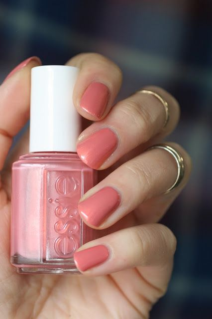 Best 25+ Winter nail colors ideas on Pinterest | Dark nails, Fall ...