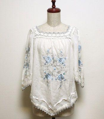 TRAM ポリエステルコットン 白 花柄刺繍のチュニックブラウス   :レディース/ヨーロッパ古着通販のTRAM