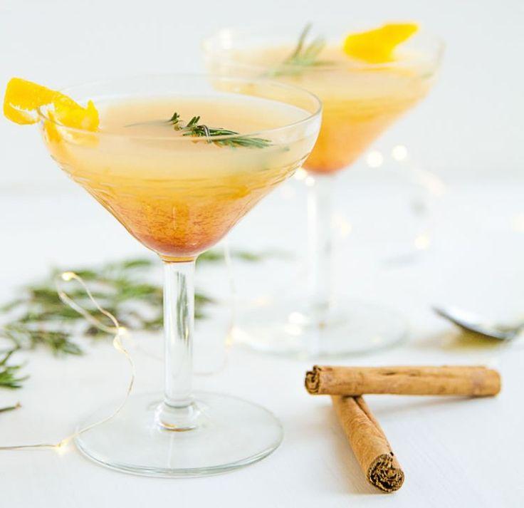 Dutch Appletini #recipe via California Relish http://www.yummly.com/recipe/Dutch-Appletini-1423075