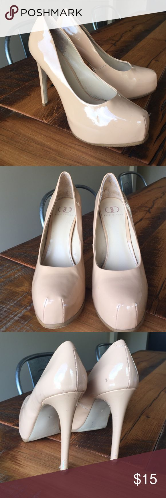 Kelsi Dagger Nude Patent Platform Pumps Heels Sz 9 These are used nude patent Kelsi Dagger platform pumps / heels in a Size 9. There are some scuffs and scrapes (reflected in price). From a smoke and pet free home. Bundle listings together to save on shipping. Kelsi Dagger Shoes Heels