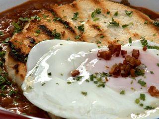 Guiso de lentejas con huevo frito | recetas | FOX Life