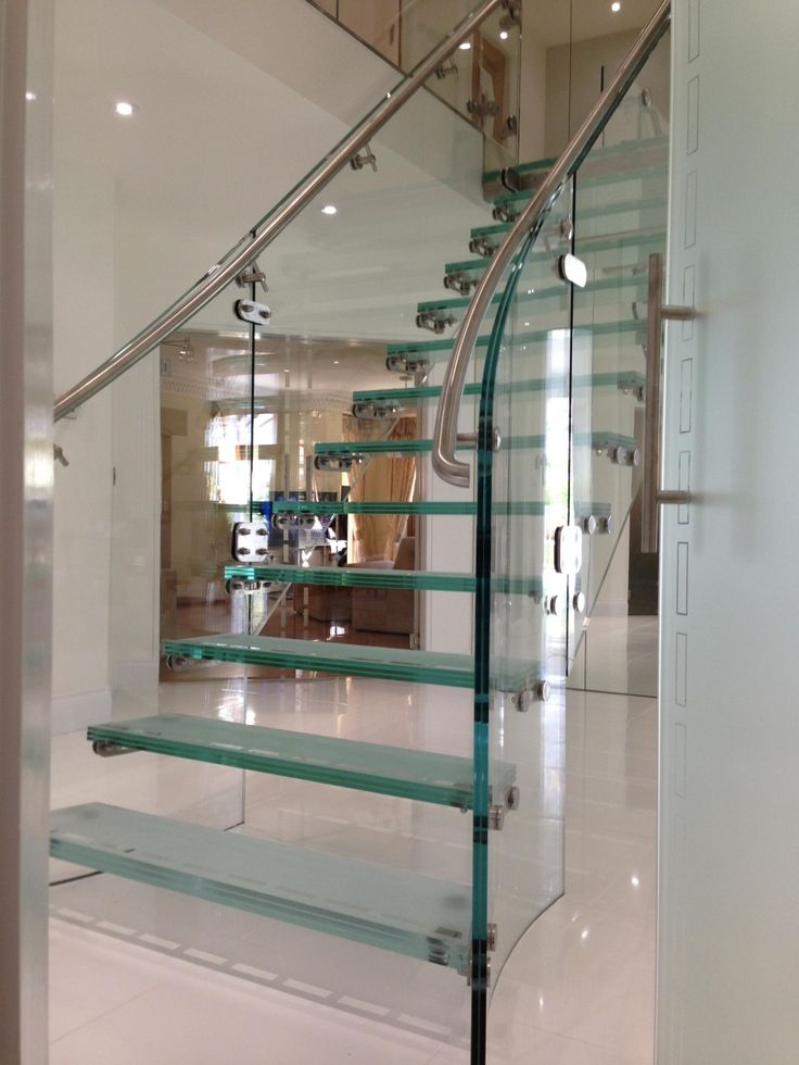 Exclusive feature glass staircase