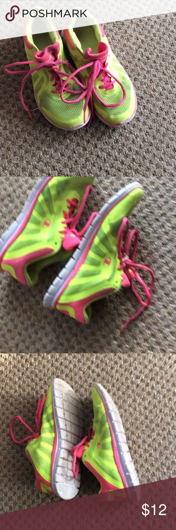 Girls tennis shoes size 3 Champion girls tennis shoes size 3. Used great condition.. Champion Shoes Sneakers