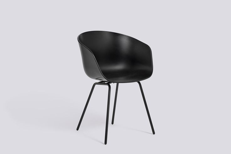 Tanken bakom formgivningen av About a Chair från HAY var att skapa en stol med en sällsynt enkel design. En stol som passar tillsammans med de flesta andra möbler i de flesta miljöer. För designen står Hee Welling tillsammans med HAY.About a Chair finns i en rad olika utföranden. Med eller utan armstöd, med underrede utav trä eller metall, med snurrfot, med hjul osv. Själva skalet finns i flera olika färger samt klädd i tyg alternativt läder.