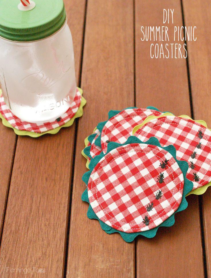 DIY Summer Picnic Coasters tutorial { lilluna.com } I think I'd stitch the ants!