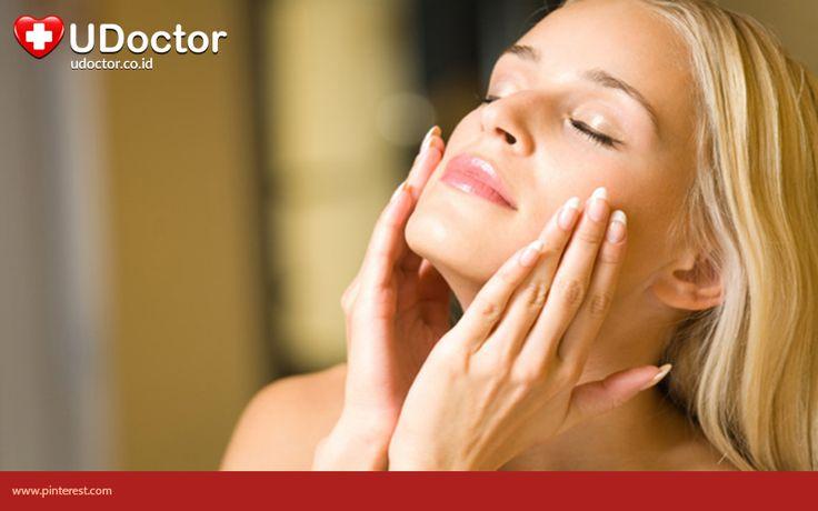 Biasakanlah untuk mencuci muka sebelum tidur untuk meminimalkan pertumbuhan jerawat