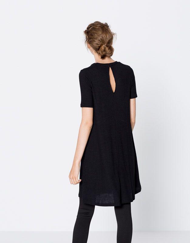 Vestido evasé - Vestidos - Ropa - Mujer - PULL&BEAR México