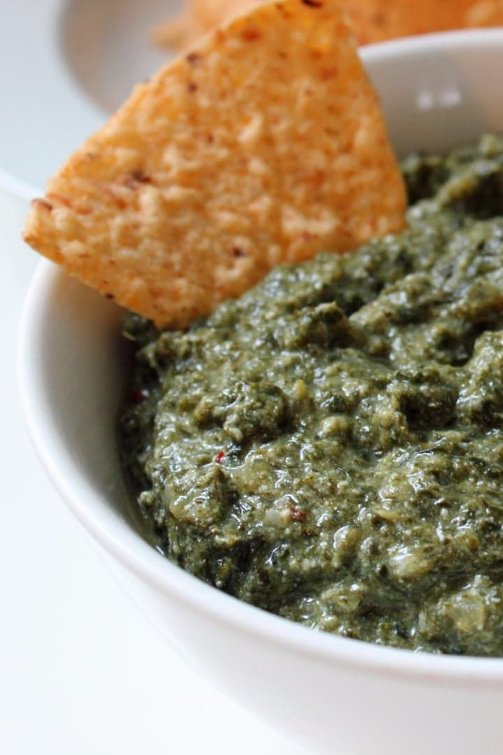 Pin for Later: Creamy Low-Calorie Cheesy Kale Dip